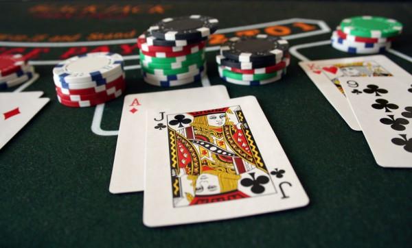 ความสนุกของ การเล่นไพ่ Blackjack ที่แตกต่างจากการเดิมพันอื่น ๆ