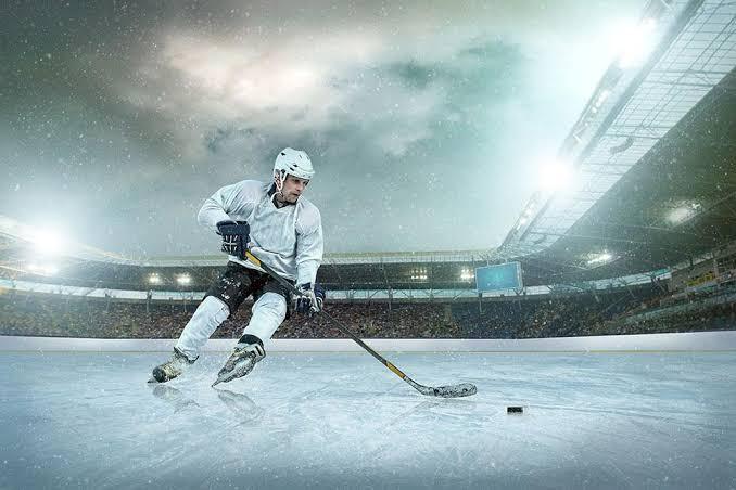 กีฬาฮอกกี้น้ำแข็ง กีฬาที่เริ่มมาจากประเทศแคนาดา